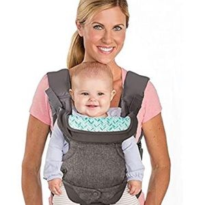 NWT Infantino flip 4-in-1 convertible baby carrier